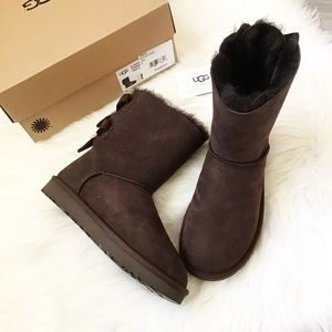 UGG Bailey Twinface Bow Back Boots - Choco